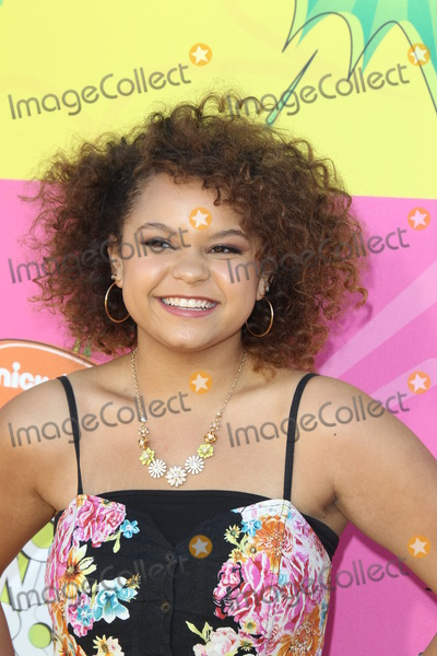 Rachel Crow Photo - LOS ANGELES - MAR 23  Rachel Crow arrives at Nickelodeons 26th Annual Kids Choice Awards at the USC Galen Center on March 23 2013 in Los Angeles CA
