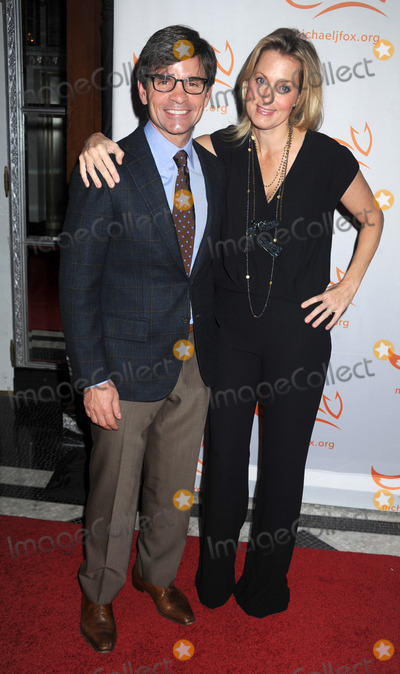 Ali Wentworth Photo - Photo by Dennis Van Tinestarmaxinccom2013ALL RIGHTS RESERVEDTelephoneFax (212) 995-119611913George Stephanopoulos and Ali Wentworth at A Funny Thing Happened on the Way to Cure Parkinsons(NYC)