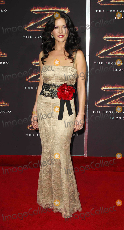 Photo - Premiere of the legend of zorro (Los Angeles CA)