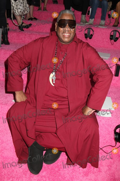 Leon Talley Photo - Photo by HQBstarmaxinccomSTAR MAX2014ALL RIGHTS RESERVEDTelephoneFax (212) 995-119691114Andre Leon Talley at Mercedes-Benz Fashion Week Spring 2015 Collection(NYC)
