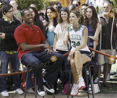 Photos From Menounos Pierce Basketball