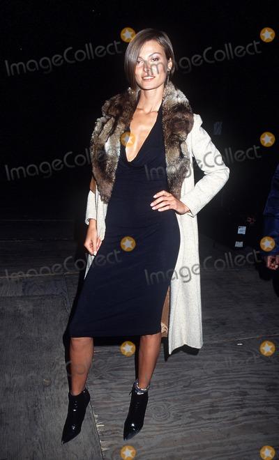 Aurelie Claudel Photo -  Victoria Secret Fashion Show Bryant Park NYC 111301 Aurelie Claudel Photo by Henry McgeeGlobe Photos Inc