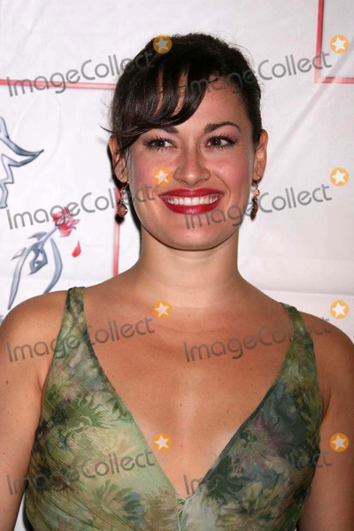 ASHLEY BROWN Photo - Ashley Brown Arriving at the Party to Celebrate the Final Performance of Disneys Beauty and the Beast at Cipriani 42nd Street in New York City on 07-29-2007 Photo by Henry McgeeGlobe Photos Inc 2007