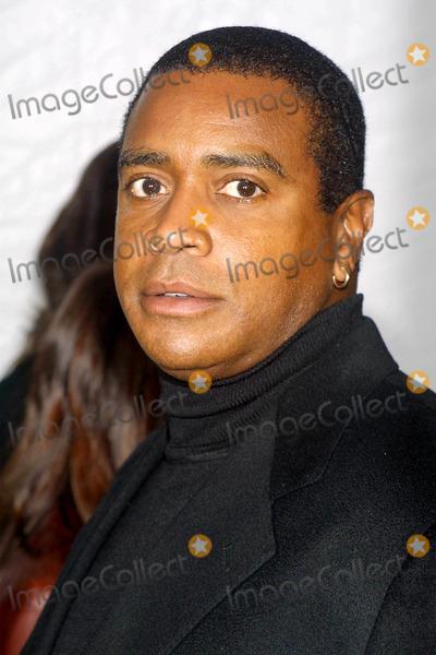 Ahmad Rashad Photo - Sd1114 Victorias Secret Fashion Show 8th Annual Runway Show Ahmad Rashad Lexington Avenue Armory NYC Photohenry McgeeGlobe Photos Inc