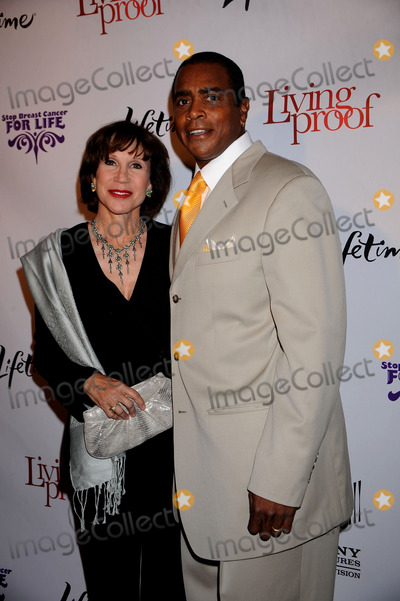 Ahmad Rashad Photo - personality Ahmad Rashad (right) and guest attend the Living Proof Premiere held at the Paris Theater on September 24 2008 in New York City