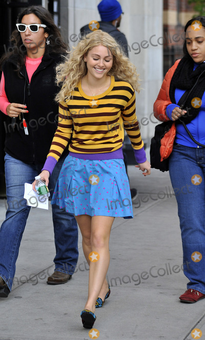 Photo - Carrie Diaries set 101712
