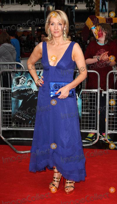 180d4f86fce7 Photos and Pictures - Rowling at the World Premiere of