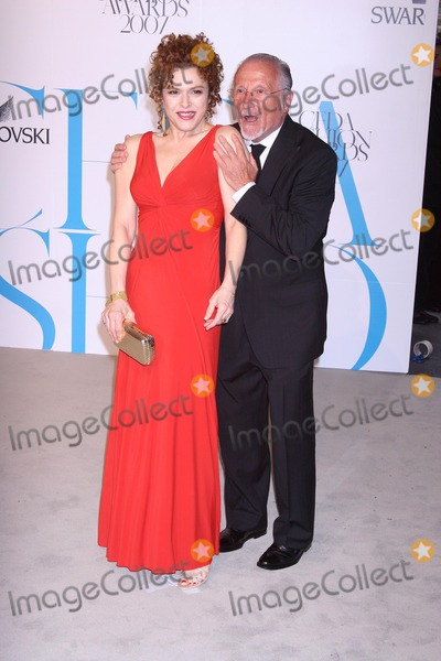 Stan Herman Photo - Actress Bernadette Peters and Stan Herman arrive at the 2007 CFDA Fashion Awards held at the New York Public Library