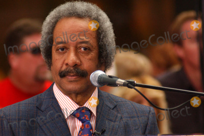 Allen Toussaint Photo - NEW YORK OCTOBER 3 2005    Allen Toussaint makes a guest appearance on The Today Show held in Rockefeller Center