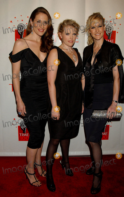 Dixie Chicks,The Dixie Chicks Photo - TIMES MAGAZINES 100 MOST INFLUENTIAL PEOPLE 2006