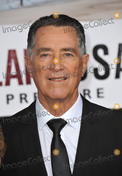 Jim White Photo - Jim White at the world premiere of McFarland USA -the movie based on his life - at the El Capitan Theatre HollywoodFebruary 9 2015  Los Angeles CAPicture Paul Smith  Featureflash