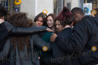 Photo - Paris Mourns the Victims of Terror Attacks