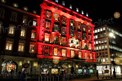 Photos From Christmas 2020 - Piccadilly Department store