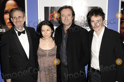 Andrea Corrs Photo - London UK Andrea Corr and Neil Pearson at the Premiere of Pictures held at Cineworld Trocadero London 23rd April 2009Can NguyenLandmark Media