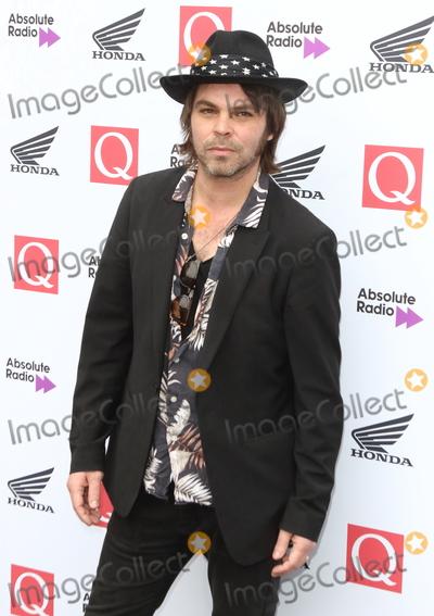 Gaz Coombes Photo - London UK Gaz Coombes at The Q Awards 2018 at the Roundhouse Chalk Farm Road London on Wednesday 17 October 2018Ref LMK73-J2803-181018Keith MayhewLandmark MediaWWWLMKMEDIACOM