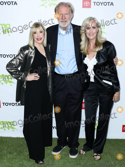 Debbie Levin Photo - PACIFIC PALISADES LOS ANGELES CALIFORNIA USA - SEPTEMBER 28 Debbie Levin Rachelle Carson and Ed Begley Jr arrive at the 2nd Annual Environmental Media Association Honors Benefit Gala held at a Private Residence on September 28 2019 in Pacific Palisades Los Angeles California United States (Photo by Xavier CollinImage Press Agency)