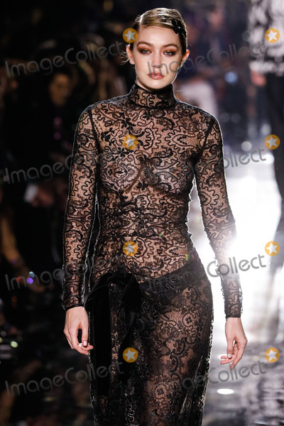 Photos From Tom Ford: Autumn/Winter 2020 Fashion Show - Runway