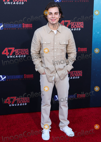 Photo - Los Angeles Premiere Of Entertainment Studios 47 Meters Down Uncaged