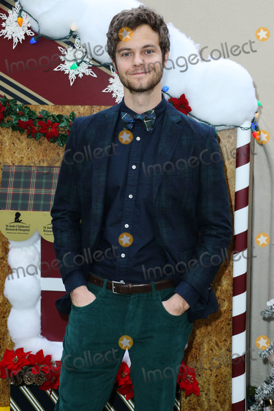 Photo - Brooks Brothers Annual Holiday Celebration In Los Angeles To Benefit St Jude 2018