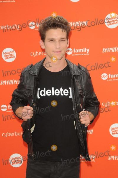 Photo - The Abc Family and Seventeen Magazines Rally to Delete Digital Drama