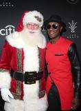 Aloe Blacc Photo - 17 November 2019 - Los Angeles California - Aloe Blacc Santa Claus 2019 Christmas At The Grove A Festive Tree Lighting held at The Grove Photo Credit FSAdMedia