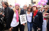 Jamie Lee Curtis Photo - 21 January 2017 - Los Angeles California - Jackson Browne Rosanna Arquette Jamie Lee Curtis Jennifer Grey Frances Fisher Womens March in Los Angeles California Photo Credit F SadouAdMedia