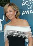 Allison Janney Photo - 19 January 2020 - Los Angeles California - Allison Janney 26th Annual Screen Actors Guild Awards held at The Shrine Auditorium Photo Credit AdMedia