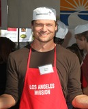 Anne Douglas Photo - 21 November 2012 - Los Angeles California - Bailey Chase Kirk And Anne Douglas Host 8th Annual Thanksgiving For Skid Row Homeless At Los Angele Mission Held At The Los Angeles Mission Photo Credit Kevan BrooksAdMedia