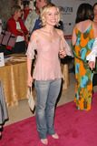 Kristen Bell Photo - Kristen Bell at the Hairspray Opening Night at the Pantages Theatre Hollywood CA 07-21-04