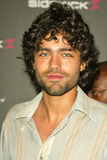 Adrian Grenier Photo - Adrian Grenier at the T-Mobile Sidekick II Launch Party at The Grove Los Angeles CA 08-04-04