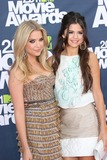 Amber Lancaster Photo - Amber Lancaster Selena Gomezat the 2011 MTV Movie Awards Arrivals Gibson Amphitheatre Universal City CA 06-05-11