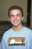 Frankie Muniz Photo - Frankie Muniz at the premiere of Tuck Everlasting El Capitan Theater Hollywood CA 10-05-02