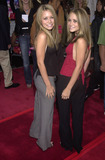 Ashley Olsen Photo - ASHLEY OLSEN and MARY-KATE OLSEN at the premiere of New Line Cinemas Rush Hour 2 at the Chinese Theater Hollywood 07-26-01