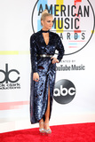 Ashlee Simpson Photo - LOS ANGELES - OCT 9  Ashlee Simpson at the 2018 American Music Awards at the Microsoft Theater on October 9 2018 in Los Angeles CA