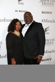 T D Jakes Photo - LOS ANGELES - MAR 9  Serita Jakes T D Jakes at the Miracles From Heaven Premiere at the ArcLight Hollywood Theaters on March 9 2016 in Los Angeles CA
