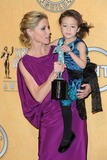 Aubrey Anderson Photo - Photo by PDAADstarmaxinccom2012ALL RIGHTS RESERVEDTelephoneFax (212) 995-119612912Aubrey Anderson-Emmons and Julie Bowen at the 18th Annual Screen Actors Guild Awards (SAG)