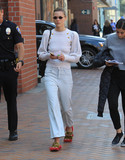Jaime King Photo - Photo by SMXRFstarmaxinccomSTAR MAX2018ALL RIGHTS RESERVEDTelephoneFax (212) 995-11964418Jaime King distraught after attacker smashes car windows in Beverly Hills CA