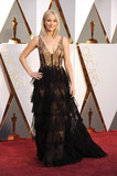 Jennifer Lawrence Photo - Photo by KGC-11starmaxinccomSTAR MAXCopyright 2016ALL RIGHTS RESERVEDTelephoneFax (212) 995-119622816Jennifer Lawrence at the 88th Annual Academy Awards (Oscars)(Hollywood CA USA)