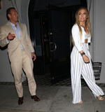 Alex Rodriguez Photo - Photo by zzgotpapstarmaxinccomSTAR MAXCopyright 2018ALL RIGHTS RESERVEDTelephoneFax (212) 995-11967818Alex Rodriguez and Jennifer Lopez are seen outside Craigs Restaurant in West Hollywood Los Angeles CA
