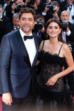 Javier Bardem Photo - CANNES FRANCE - MAY 8 Penelope Cruz Javier Bardem attends the screening of Everybody Knows (Todos Lo Saben) and the opening gala during the 71st annual Cannes Film Festival at Palais des Festivals on May 8 2018 in Cannes France(Photo by Laurent KoffelImageCollectcom)