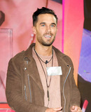 Alex Cannon Photo - June 7 2016 LondonAlex Cannon enters the Celebrity Big Brother House at Elstree Studios on June 7 2016 in Borehamwood EnglandPlease byline FamousACE PicturesACE Pictures Inc Tel 646 769 0430