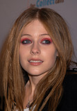 Avril Lavigne Photo - Avril Lavigne arrives at the release party of her DVD My World New York November 3 2003