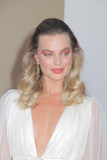 Margot Robbie Photo - Margot Robbie 07222019 The Los Angeles Premiere of Once Upon A Time In Hollywood held at the TCL Chinese Theatre in Los Angeles CA Photo by Izumi Hasegawa  HollywoodNewsWireco
