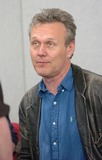 Anthony Head Photo - Milton Keynes UK Anthony Head  signing photos and other items at the Collectormania event  5th May 2007 Andy LomaxLandmark Media