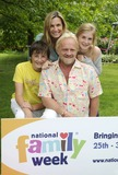 Anthony Worrall-Thompson Photo - LondonUK Anthony Worral Thompson and Family  at the National Family Week Launch VIP Picnic held at Regents Park in London 25th May 2009 Can NguyenLandmark Media