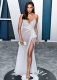 Shay Photo - BEVERLY HILLS LOS ANGELES CALIFORNIA USA - FEBRUARY 09 Shay Mitchell arrives at the 2020 Vanity Fair Oscar Party held at the Wallis Annenberg Center for the Performing Arts on February 9 2020 in Beverly Hills Los Angeles California United States (Photo by Xavier CollinImage Press Agency)