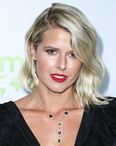 Sarah Wright Photo - PACIFIC PALISADES LOS ANGELES CALIFORNIA USA - SEPTEMBER 28 Actress Sarah Wright Olsen arrives at the 2nd Annual Environmental Media Association Honors Benefit Gala held at a Private Residence on September 28 2019 in Pacific Palisades Los Angeles California United States (Photo by Xavier CollinImage Press Agency)