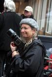 Annie Leibovitz Photo - Robert Deniro Filming an American Express Commercial in Soho New York City 10192004 Photo by John BarrettGlobe Photos 2004 Annie Leibovitz