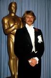John Schneider Photo - Academy Awards Oscars 1982 Phil RoachipolGlobe Photos Inc John Schneider