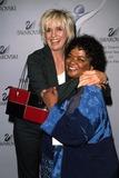 Nell Carter Photo - Linda Gray Nell Carter 2001 Fitzroy BarrettGlobe Photos Inc Nellcarterretro